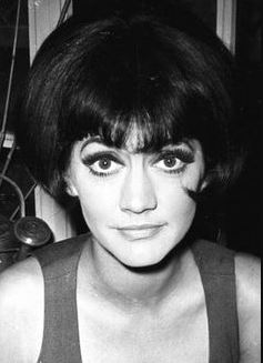 Amanda Barrie Age, Height, Relationship, Net Worth and Full Wiki
